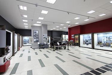 375px-Politechnical-museum-interior